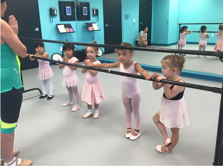 preschool ballet students